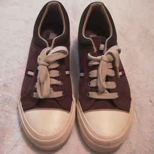 Tommy Hilfiger casual sneakers size 8 1/2m